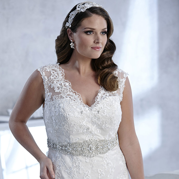 House Of Olivers Guide To Plus Size Wedding Dresses House Of Oliver